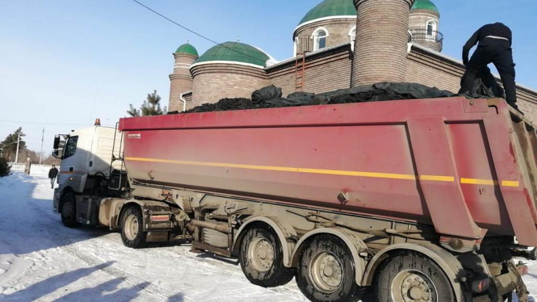 Павлодар: 76 тонна көмір жеткізілді
